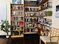 Biblioteca en el aula de Lasao